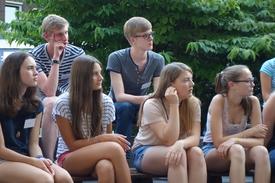 Teilnehmer der Campus-Akademie beim Reflexionsgespräch