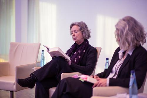 Gespräch und Lesung mit Ulla Hahn (mit Studienleiterin Prof. Dr. Stefanie Lieb)