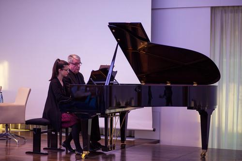 Klavierkonzert mit Dina Stojikovic und Dr. Wolf Kalipp