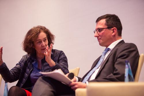 Hermine Huntgeburth im Gespräch mit Studienleiter Dr. Markus Leniger
