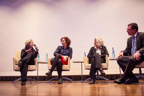 Abschlussdiskussion mit Ulla Hahn, Hermine Huntgeburth, Prof. Dr. Stefanie Lieb, Dr. Markus Leniger
