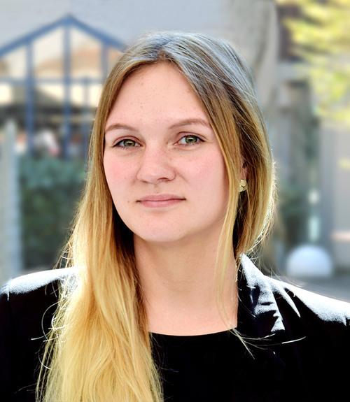 Bianca Gensert ist die neue Verwaltungsleiterin der Akademie (©Katholische Akademie Schwerte)