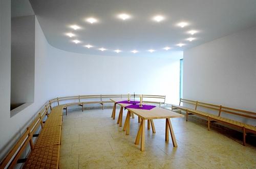 Kirche weitergebaut IV, 2013: St. Joachim, München, Umbauprojekt, Muck Petzet und Partner Architekten, Foto: Werner Huthmacher