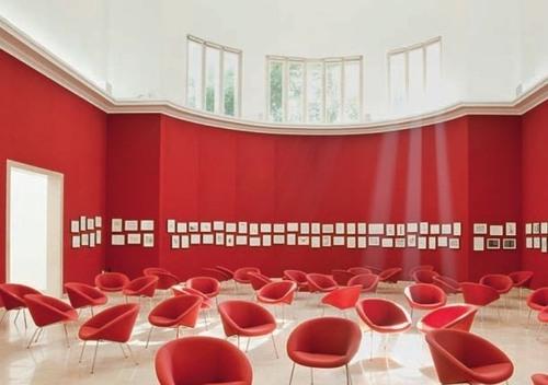 Kirche weitergebaut I, 2010: Roter Salon, Dt. Pavillon, Architekturbiennale Venedig 2010, Foto: PK. Odessa
