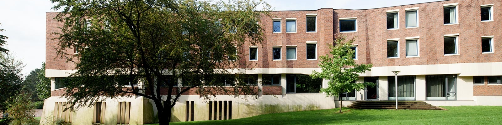 Außenansicht Akademiegebäude